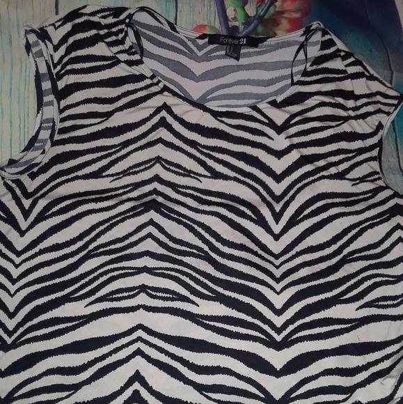 Forever 21 Tops - Forever 21 Hi Low Zebra Sleeveless Shirt Size L